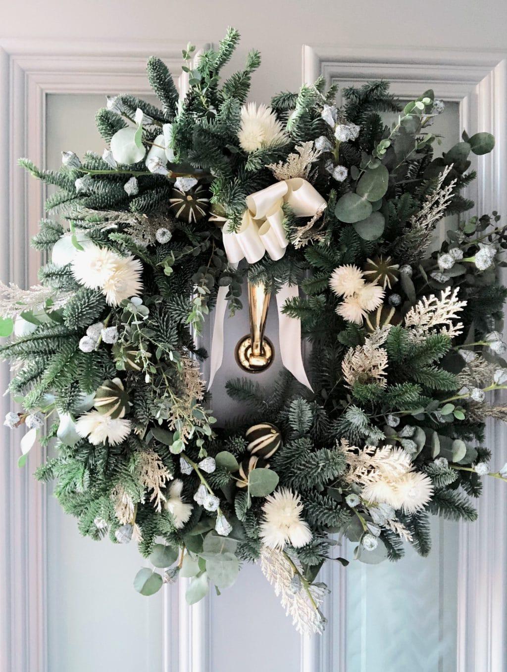 Indeco-Flowers-Christmas-Wreath 2020-01