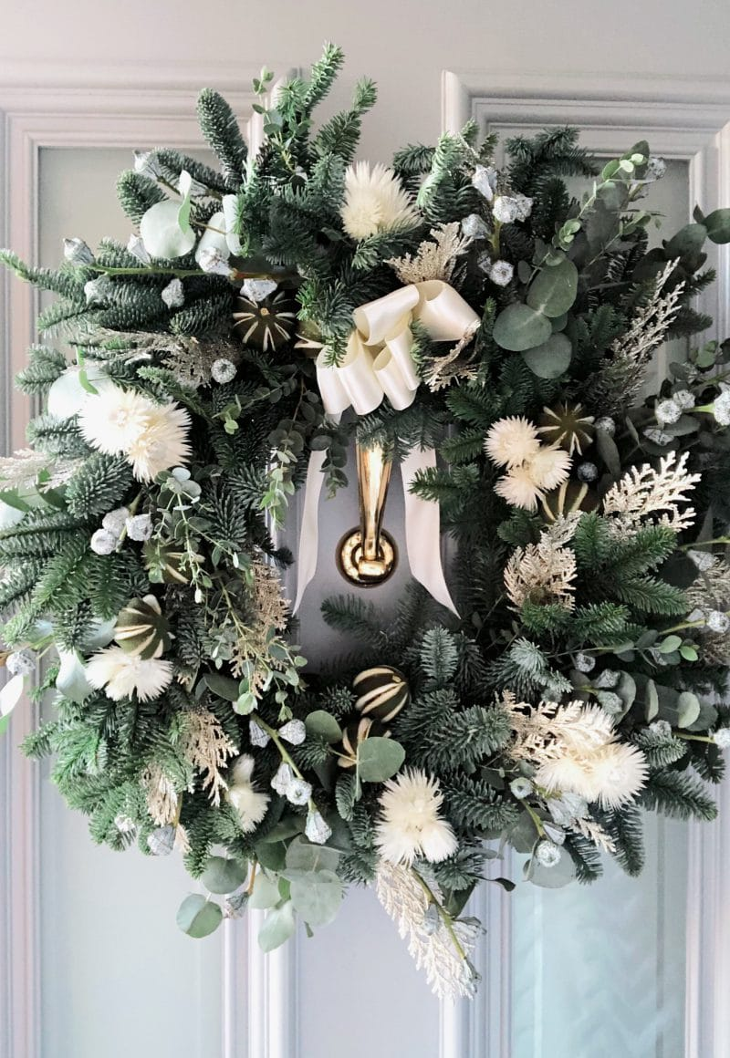 Indeco-Flowers-Christmas-Wreath 2020-01